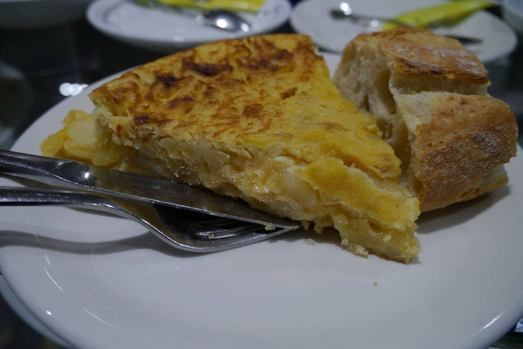 omelet omelette tortilla patata patatas eating out with your family in Spain