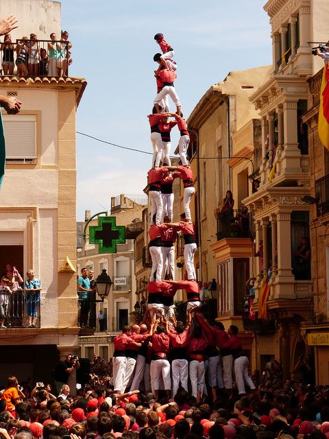 Ken Totally Spain Castellers Review 2013