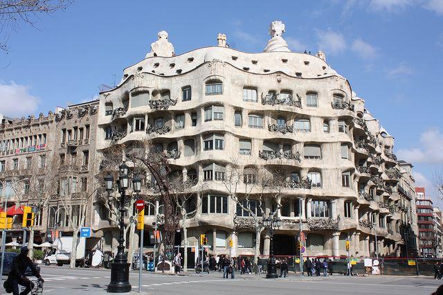 Totally Spain 2014 Barcelona 48 hours Casa Mila Eixample neighbourhood