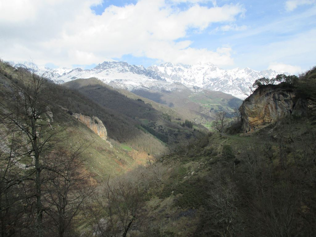 Totally Spain Picos de Europa Views
