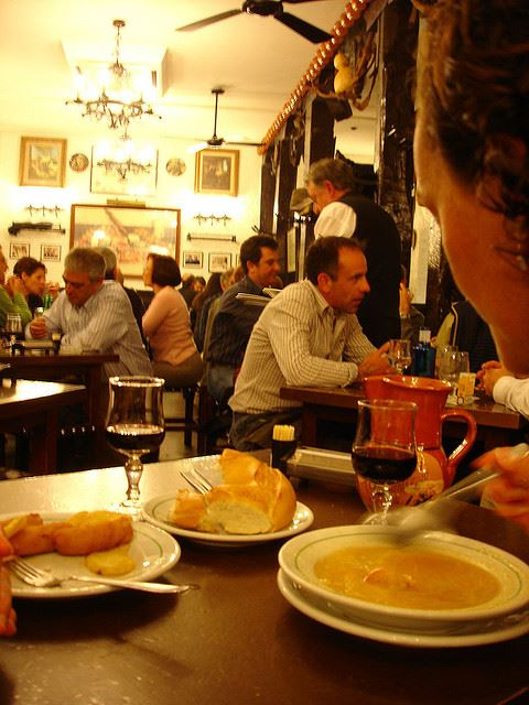 Totally Spain tipping customs Spain when how whether to tip restaurants