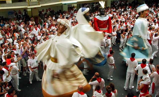 Pamplona San Fermin Bullrunning festival streets giants cabezudos