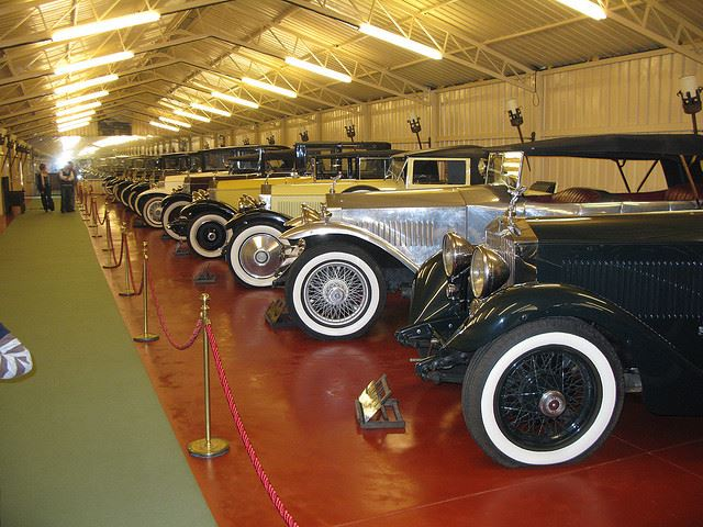 Totally Spain vintage classic car automobile museum Torre Loizaga Spain car museums in Spain