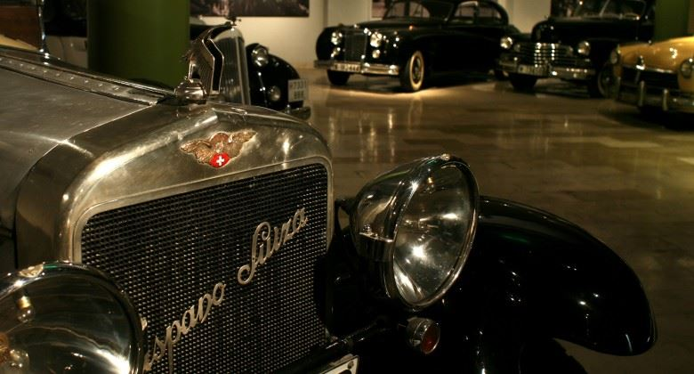 Totally Spain vintage classic car automobile museum Royal Palace Sabitini Gardens Spain car museums in Spain