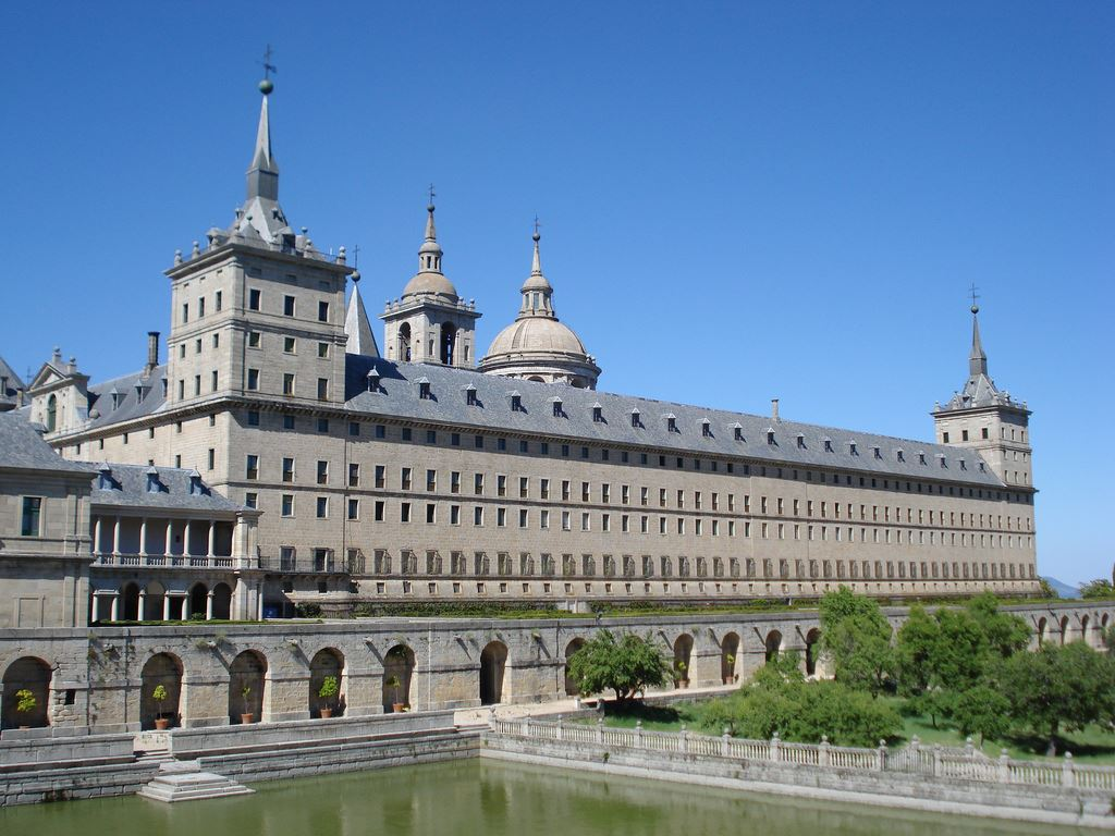 Best Monuments & Museums in Spain