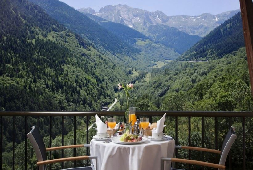 Best luxury hotel spain breakfast accommodation overnight four star