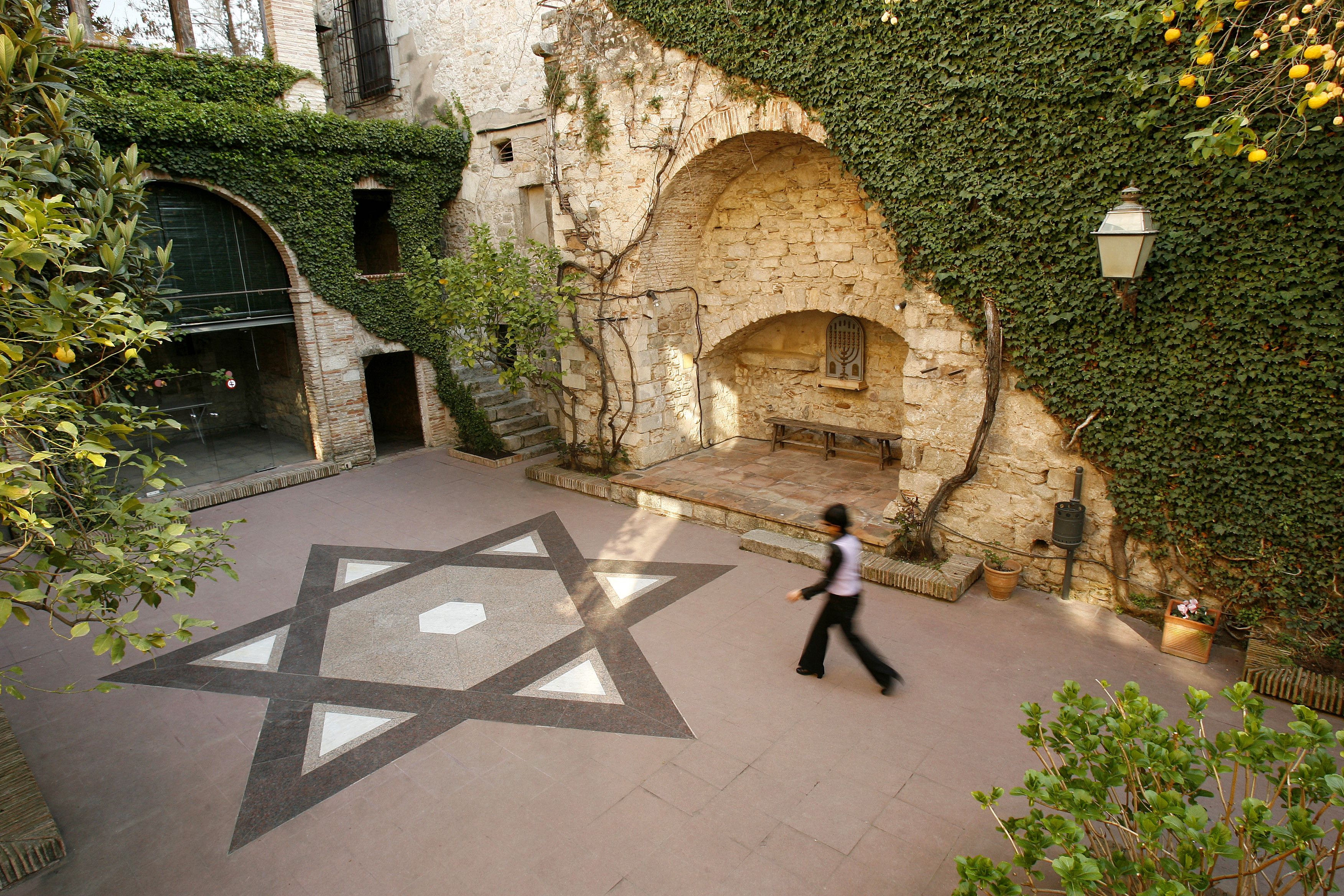 Sephardic Sepharad heritage Spain Girona El Call Jewish heritage sights in Spain