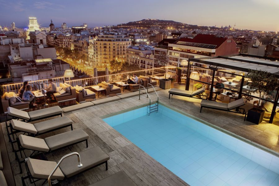 proposing in spain barcelona majestic