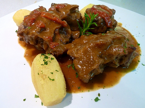 meat slow food casserole stew 10 Unmissable Dishes in Spain