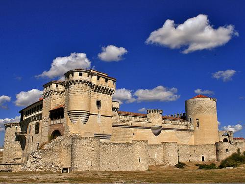 alcazar castle spain spanish castile castilla cuellar
