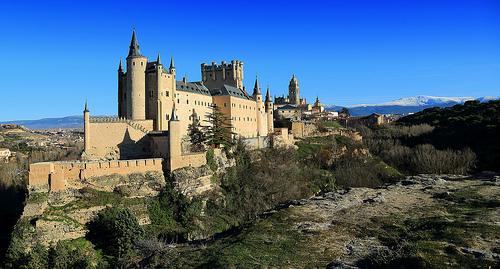 alcazar castle spain spanish castile castilla segovia Disney