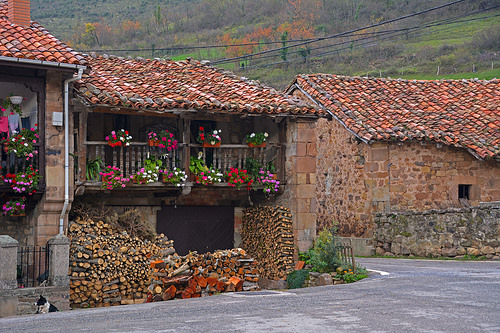 hamlets towns villages Cantabria