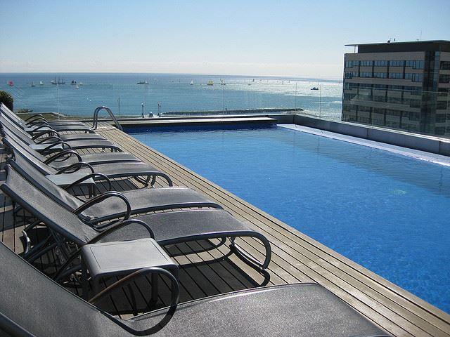 hotel room pool spain reservations