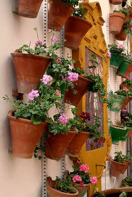 Totally Spain Courtyards Cordoba Patios Festival 2014 Pots